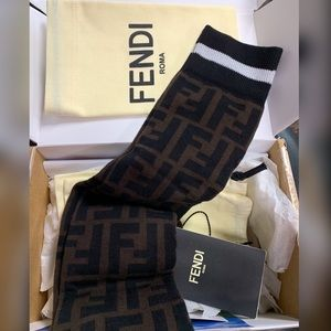 "47ce0a7539b05 Fendi Accessories - ""FENDI"" Patterned LoGo Socks 🧦"